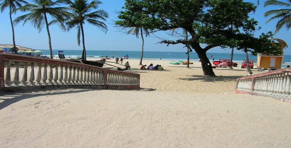 W5-colva-beach1