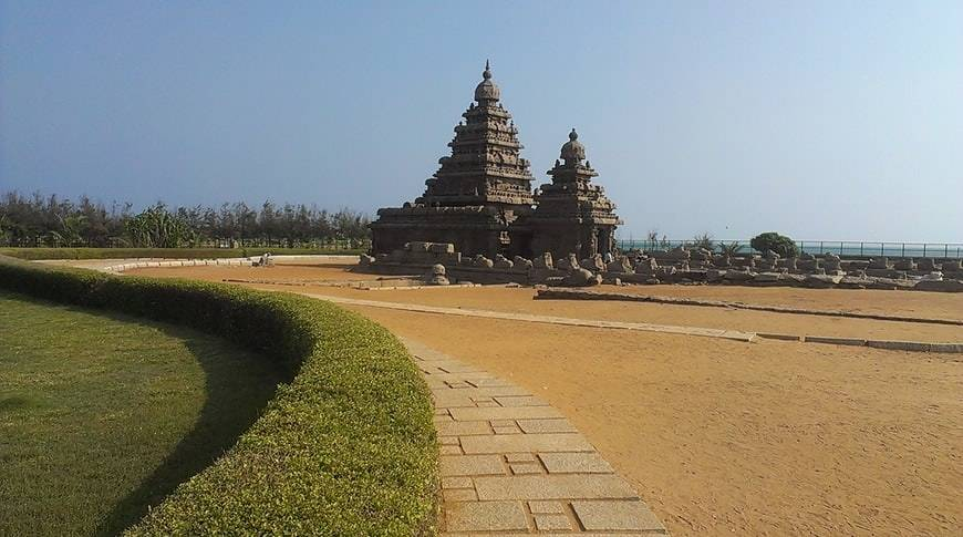 shore-Temple-kesari-tours